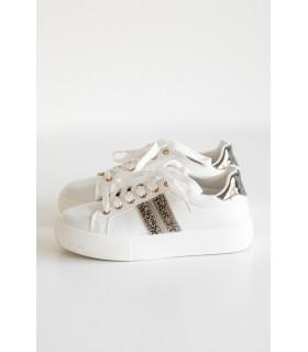 Zapatillas Blancas Detalles